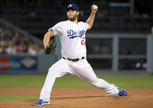 Sep 19, 2016; Los Angeles, CA, USA; Los Angeles Dodgers pitcher Clayton Kershaw (22) delivers a pitch against the San Francisco Giants during a MLB game at Dodger Stadium. Mandatory Credit: Kirby Lee-USA TODAY Sports ORG XMIT: USATSI-262746 ORIG FILE ID: 20160919_tdc_al2_096.JPG